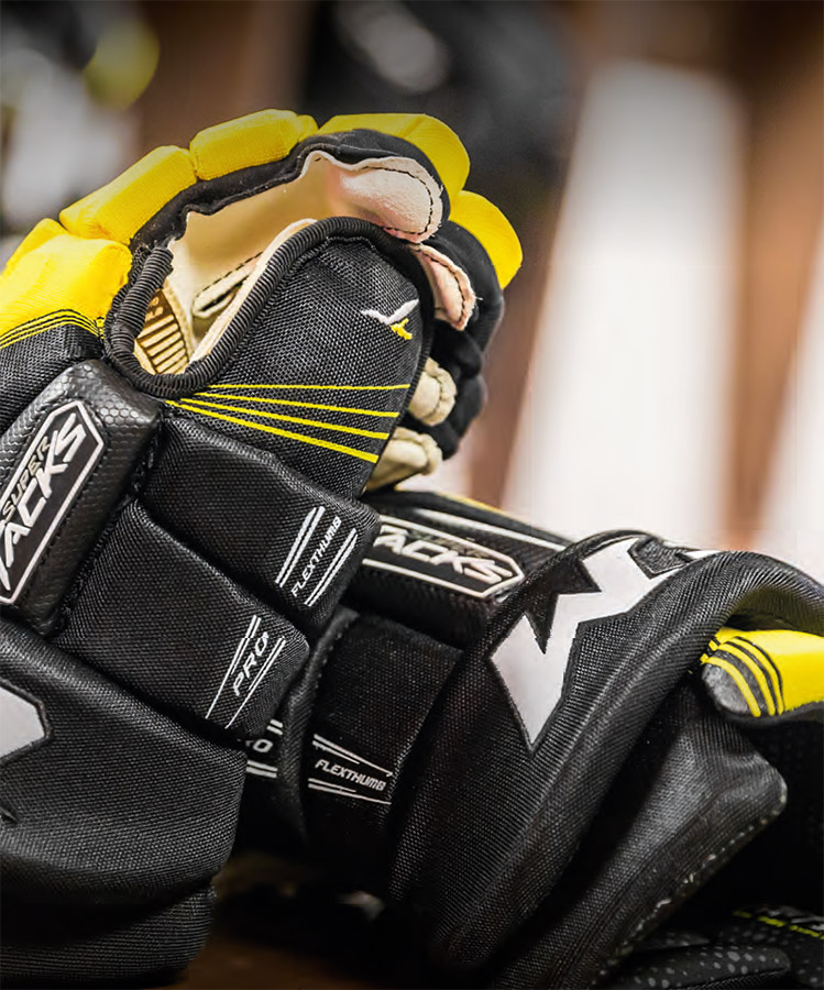CCM Super Tacks Gloves
